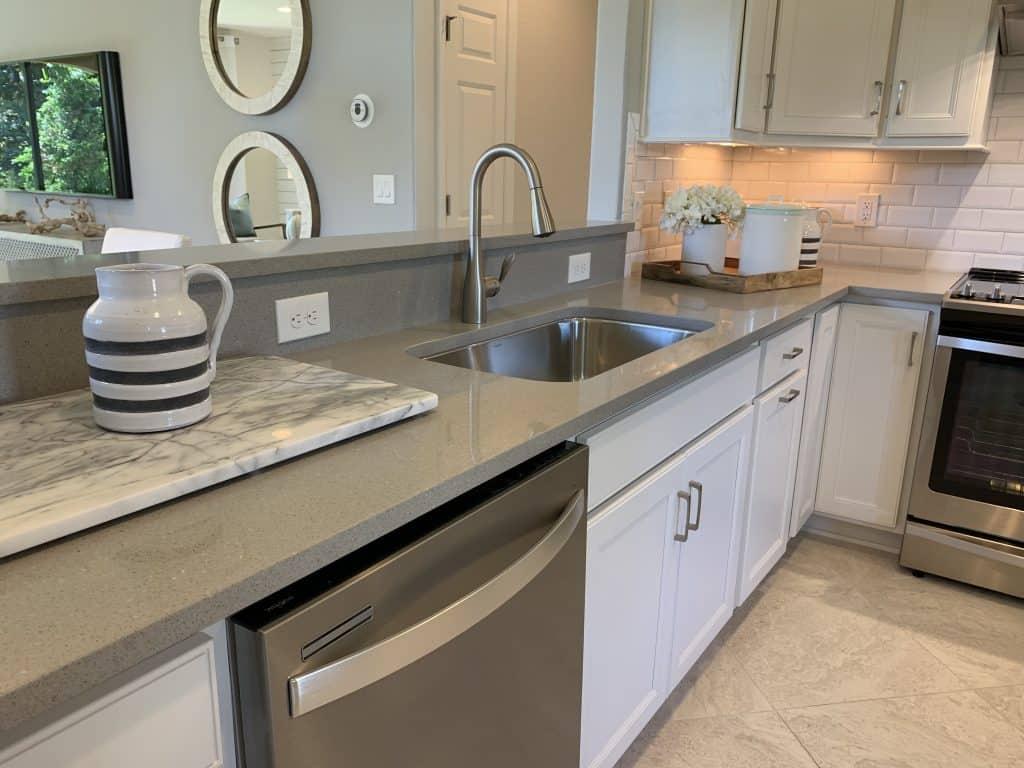 Beach House Kitchen Ideas - Gray Neutral Kitchen - Beach House Kitchens - Coastal Neutral Design Ponte Vedra Florida Kitchen