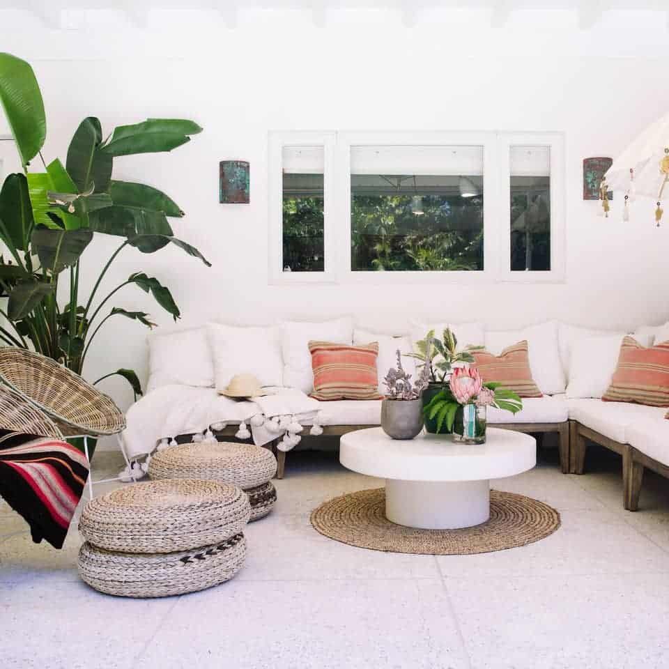 Beach House Outdoor Living Space Ideas - Boho style patio sectional space