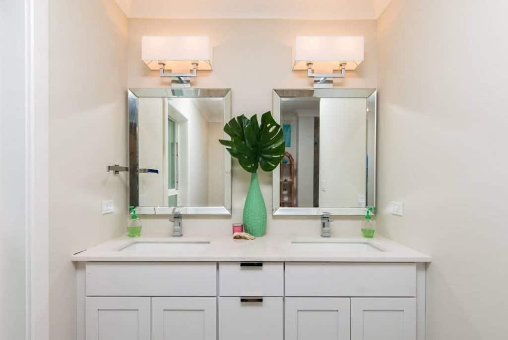 Modern Coastal Design Ideas - Beach House Bathroom Vanity White