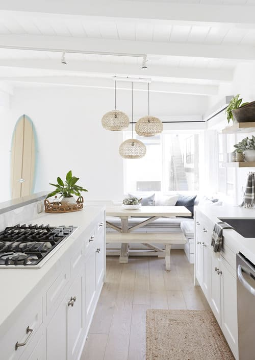 Upscale Coastal Bungalow - Airy Beach House Design - Eat in Kitchen White Decor Ideas