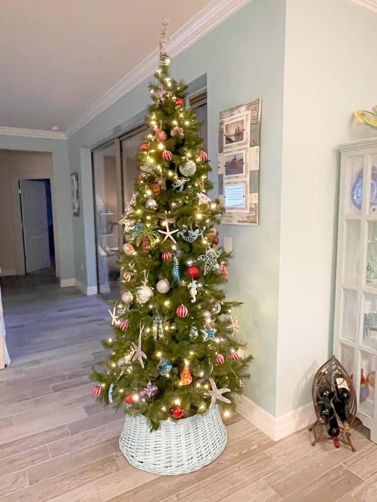 Coastal Chic Christmas Tree With Beach Ornaments