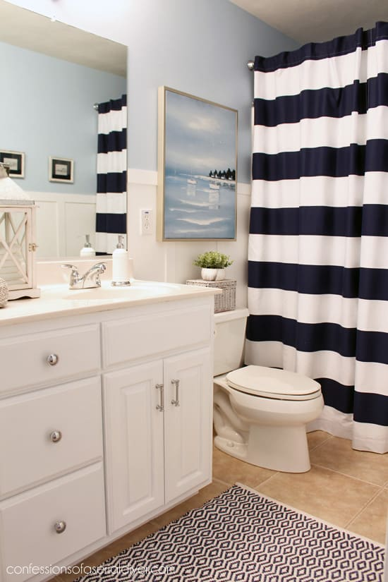 Simple boys ocean bathroom with nautical decor