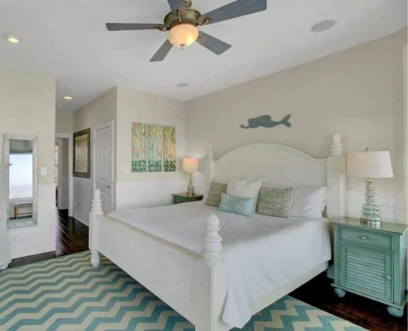 Seaspray Oceanfront Bedroom Vacation Rental