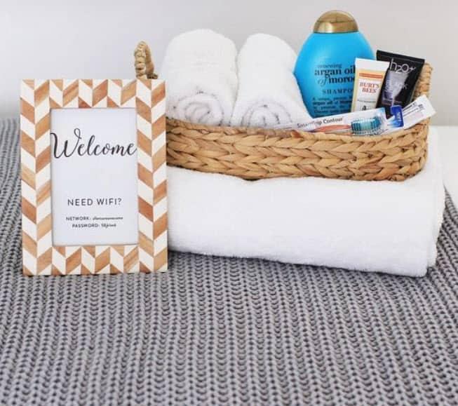 Toiletries Basket For Rental