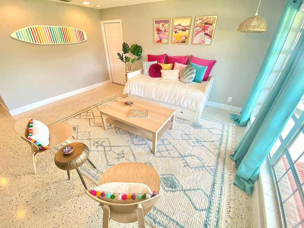 Pretty In Pink Tiki Wonderland Living Room Airbnb Palm Beach