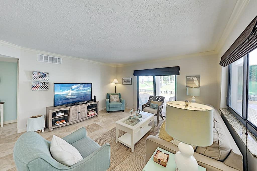 shell shack escape coastal living room