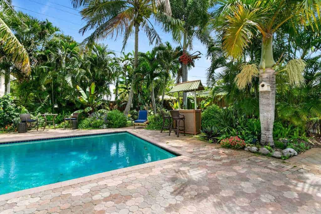 tiki bar north palm beach airbnb