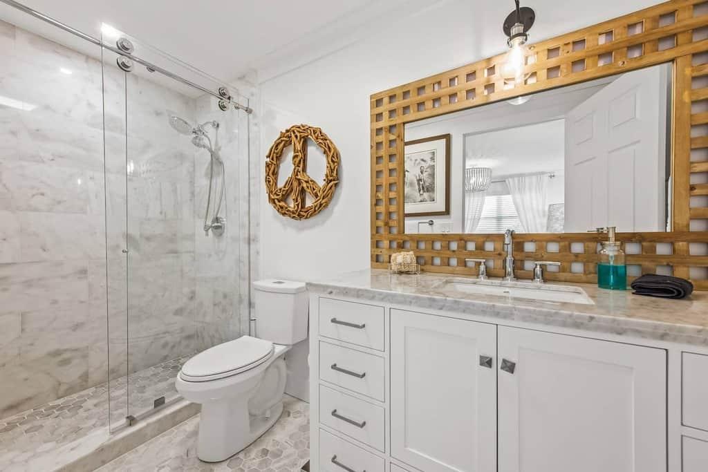 Master Bathroom Clean Airbnb